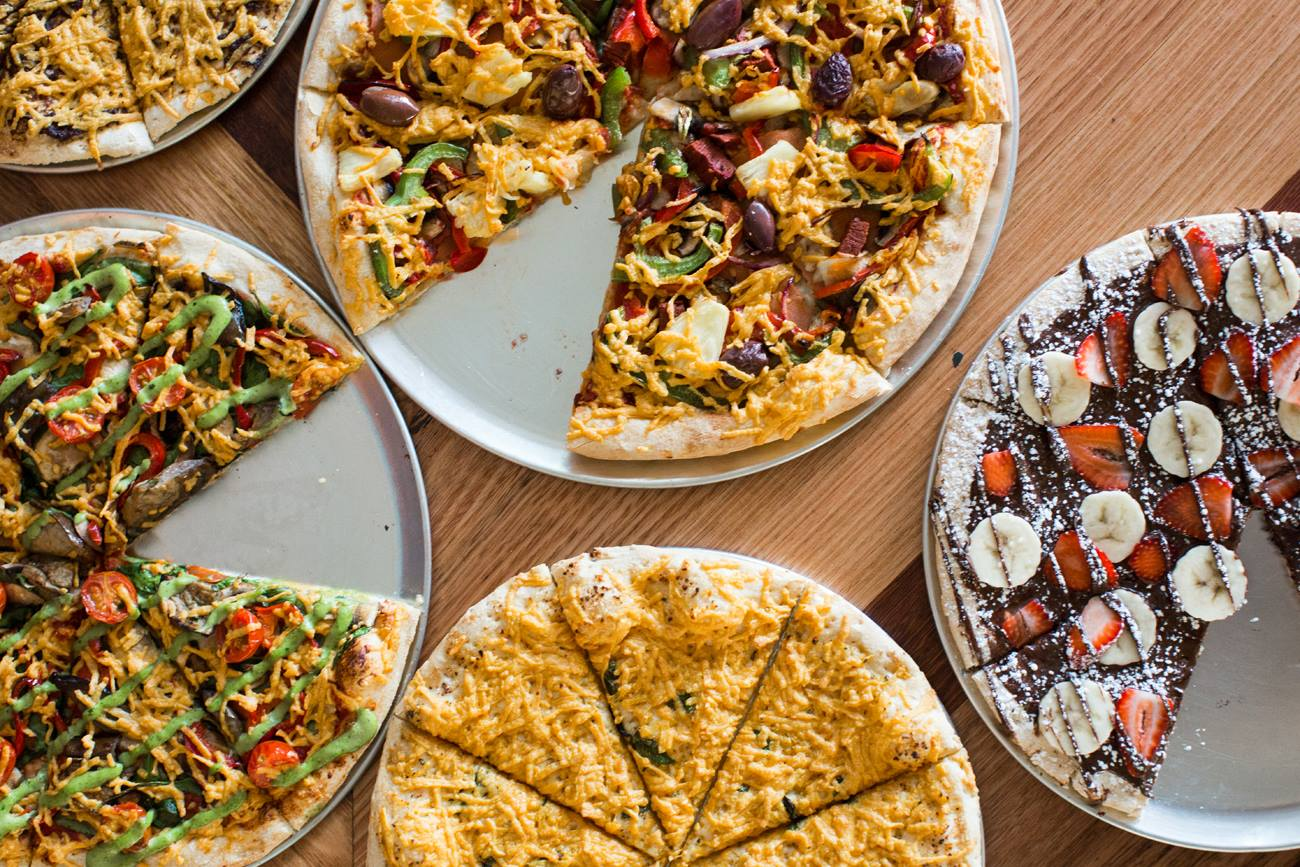 Round Pizza (Formerly Walter G's) New Vegan Pizzas + Dessert! – May 2017