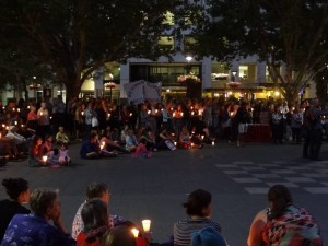 A Vegan Presence at the Candlelight Vigil for Victim of Offshore Detention – Saturday, 22 February 2014